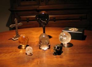 tn_1200_Crystal-Skulls.jpg